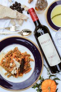 コンビニ、安くて美味しいワインの見分け方、輸入元、おすすめ4選